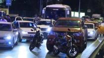 SAĞLIK EKİPLERİ - Bakırköy'de Trafik Kazası Açıklaması 3 Yaralı