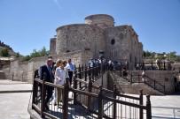 DIŞİŞLERİ BAKANI - Büyükelçiler Konya'da Tarihi Mekanları Gezdi