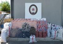 KAÇAK SİGARA - Duvarın İçindeki Bölümden 30 Bin Paket Kaçak Sigara Çıktı