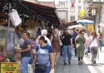 Eminönü'nde Bayram Alışverişi Yoğunluğu