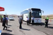 METAMFETAMİN - Kayseri'de Uyku Yastığına Zulalanmış Metamfetamin Ele Geçirildi