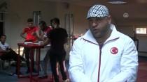 BİLEK GÜREŞİ - Öğrencileriyle Dünya Şampiyonası'na Hazırlanıyor