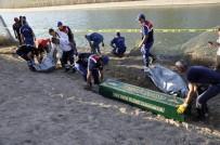 HÜSEYIN VURAL - Otomobil Sulama Kanalına Uçtu, Yaşlı Çift Hayatını Kaybetti