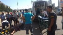 SAĞLIK EKİPLERİ - Otomobil Yayaya Çarptı