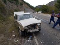TUANA - Otomobiller Çarpıştı Açıklaması 4'Ü Çocuk 7 Yaralı