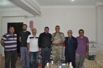 HATIRA FOTOĞRAFI - Tugay Komutanı Tuğgeneral Turan İnan Kars Basınıyla Vedalaştı