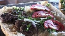 ALTINŞEHİR - Adıyaman'da Esnaftan Mehmetçik'e Ücretsiz Yemek