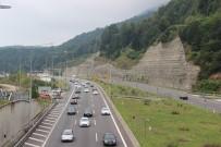 BOLU DAĞı - Bolu Dağında Trafik Durma Noktasına Geldi