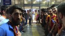 ATATÜRK - Emre Akbaba, Galatasaray İçin İstanbul'a Geldi