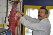 KIYMA MAKİNESİ - 'Kurban Etlerini Naylon Poşetlerde İstiflemeyin' Uyarısı