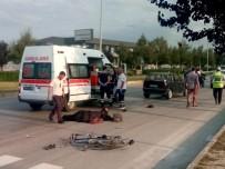 İBRAHİM OKUR - Otomobilin Çarptığı Bisiklet Sürücüsü Öldü