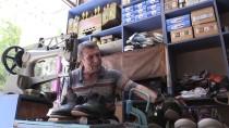 BOYA SANDIĞI - 57 Yıldır Ayakkabı Boyayarak Ekmeğini Kazanıyor