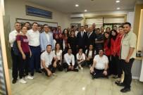 HATIRA FOTOĞRAFI - Başkan Yılmaz Personelleriyle Bayramlaştı