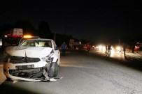 CENAZE ARACI - Sakarya'da Feci Kaza Açıklaması 1 Ölü, 8 Yaralı