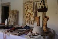 CANLI PERFORMANS - Tarihi Kervansaray'da Geleneksel El Sanatları Etkinliği Başladı