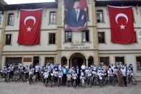 HATIRA FOTOĞRAFI - Taşköprü'de Bisikletle Şehir Turu Yapıldı