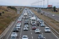 BOLU DAĞı - Tatilciler 35 Kilometrelik Araç Kuyruğu Oluşturdu