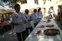 ULUPıNAR - Yöresel Yemek Yarışmasında Hünerlerini Sergilediler