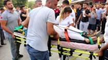 Adana'da Otomobille Motosiklet Çarpıştı Açıklaması 2 Yaralı