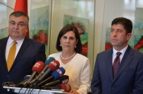 YAŞAR TÜZÜN - CHP'de Olağanüstü Kurultay İçin İmzalar Teslim Edildi