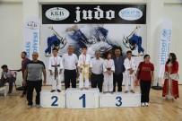 ALİŞAN - Dereceye Giren Judoculara Madalyaları Verildi