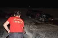 Kaza Sonrası Otomobili Yanan Sürücüler Olay Yerinden Kaçtı