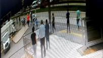BEBEK ARABASI - Pikap Bebek Arabasına Çarptı Açıklaması 1 Yaşındaki Bebek Öldü, 4 Yaşındaki Çocuk Ağır Yaralı