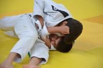 BEŞEVLER - Suriyeli İle Türk Çocuklar Judo Turnuvasında Buluştu