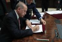 DENIZ KUVVETLERI KOMUTANı - Yüksek Askeri Şura Kararlarını İmzaladı