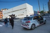KORDON - İspanya'da Polis Karakoluna Bıçakla Saldırılan Adam Öldürüldü