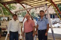 KESİM MERKEZİ - Şehzadeler'de Kurban Kesim Yerleri Bayrama Hazır