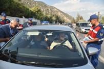 TAHSIN KURTBEYOĞLU - Vali Köşger, Bayram Nedeniyle Karayollarında İnceleme Yaptı
