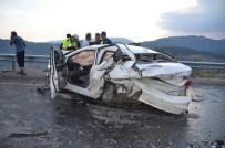 HASAN YILMAZ - Antalya'da 6 Araç Birbirine Girdi Açıklaması 11 Yaralı