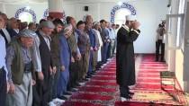 Bakan Soylu Bayram Namazını Beytüşşebap'ta Kıldı