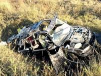 Bayram Sabahı Feci Kaza Açıklaması 2 Ölü, 6 Yaralı