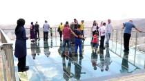 Bayramda Çankırı'daki Cam Seyir Terasına Yoğun İlgi