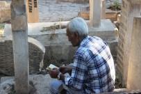 BEDİÜZZAMAN - Bayramın İlk Ziyareti Mezarlıklara Yapıldı