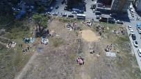 SULTANGAZİ BELEDİYESİ - Kaçak Alanlarda Kurban Kesimi Havadan Görüntülendi