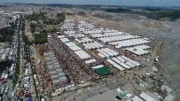 KESİM MERKEZİ - Sultangazi'deki Kurban Satış Ve Kesim Alanı Doldu Taştı