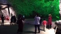 5 Bin Yıllık Tuz Mağarasına Yoğun İlgi