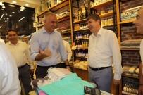 MENDERES TÜREL - Bakan Ersoy 'Siftah Yapalım' Deyip Turizm Esnafından Havlu Ve Keçi Sütünden Yapılmış Sabun Aldı.