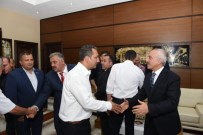 Başkan Gül, Halkla Bayramlaştı