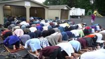 İBRAHİM KORKMAZ - Müslümanlar Bayram Sevincini Helal Et Tesislerinde Yaşıyor