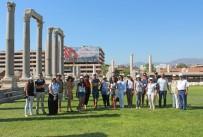 YAŞAR ÜNIVERSITESI - Turizmde Büyük Tehlike Açıklaması 'Arkeolojik Vandalizm'
