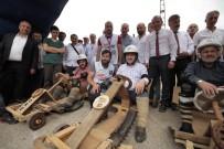 TAHTA ARABA - Bakanı Bak, Red Bull Formulaz'da Tahta Araba İle Yarıştı