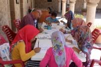 HAT SANATı - Kur'an Kursunda Hat Sanatını Öğreniyorlar