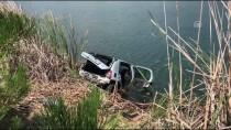 Otomobil Sulama Göletine Yuvarlandı Açıklaması 4 Ölü