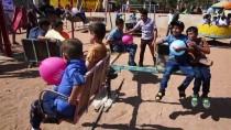 AFRİN - Suriye'de Savaşın Çocukları Bayram Şenliğinde Eğlendi