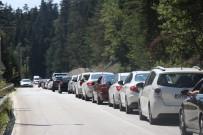ABANT - Tatilciler 5 Kilometrelik Araç Kuyruğu Oluşturdu