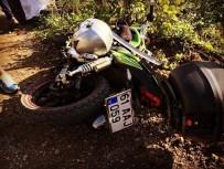 DERECIK - Trabzon'da Motosiklet Kazası